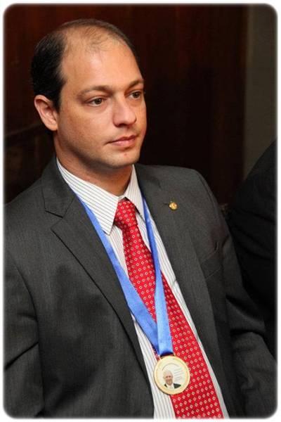 José Paradela De Oliveira Dr. Paradela De Oliveira Dr. Paradela De Oliveira