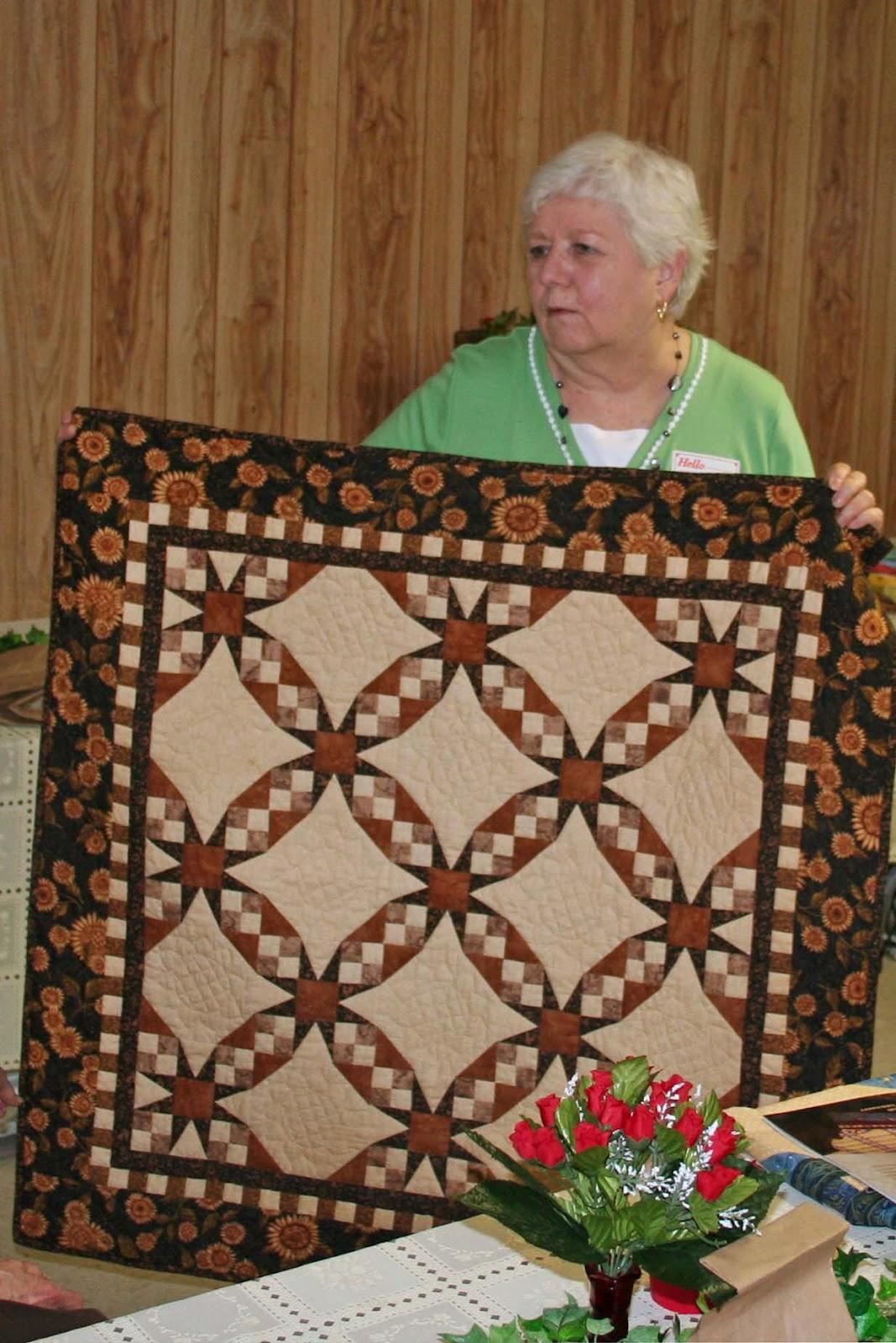 Wise County Quilt Guild Bridgeport, Texas: Quilting Project Going ... : texas quilt guilds - Adamdwight.com