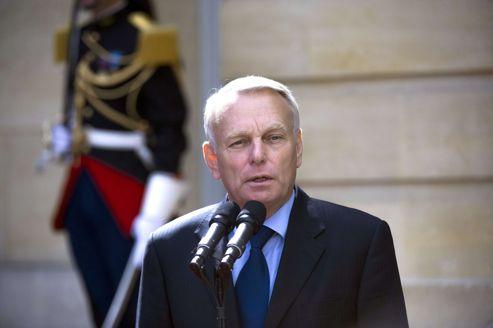 Jean-Marc Ayrault, primeiro-ministro da França, não confirmou a data na qual a iniciativa governamental será tomada (Foto: Divulgação)
