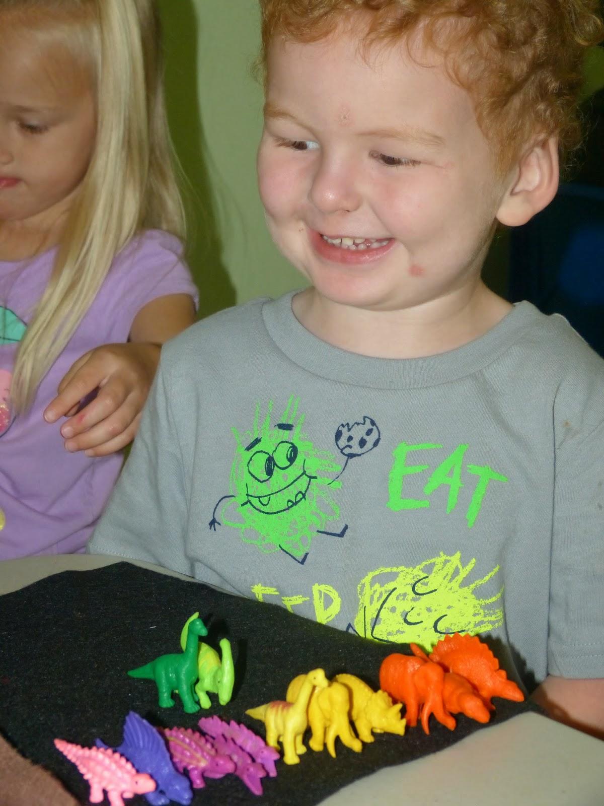 Paula\'s Primary Classroom: Dinosaurs and dots