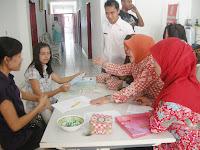 Memperingati Hari Ibu ke-83 2011 BPMPKB Kota Sukabumi Bersama Rumah Sakit Pelita Rakyat Sukabumi Menggelar Pelayanan PAP Smear