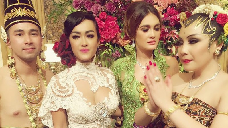 Foto Kebaya Jupe Luna Maya Pernikahan Raffi Ahmad Nagita Slavina Nikah 2014