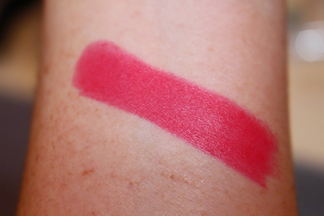 rossetto Frosted look lipstick Generation Next swatch