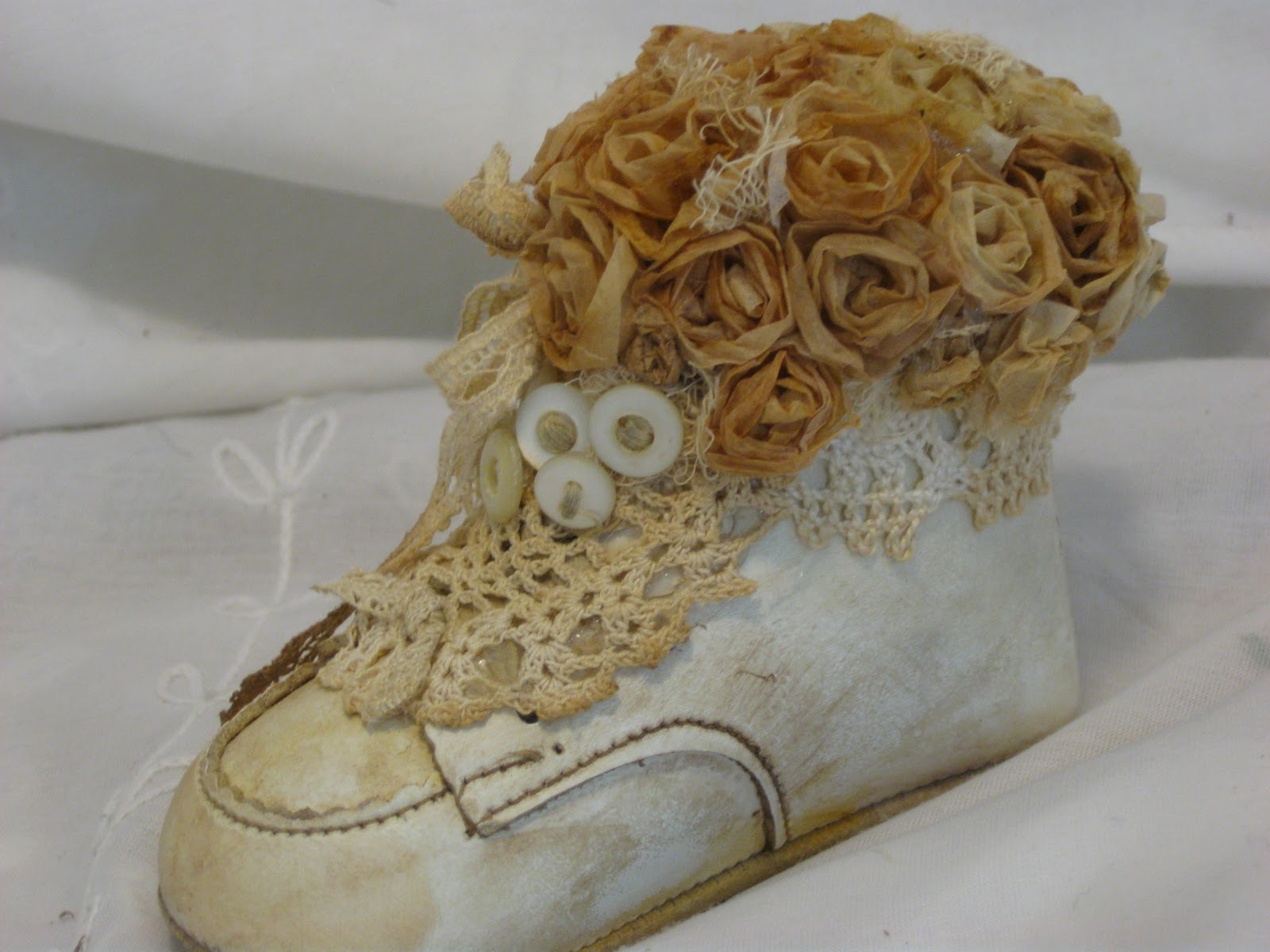 "Treasures from the Heart "" Vintage"" Baby Shoe Tutorial"