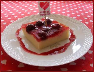Vişneli Sütlü İrmik Tatlısı tarifi