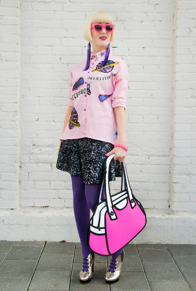 Jump from paper, 2d bag, quay eyeware, pink kitty sunglasses