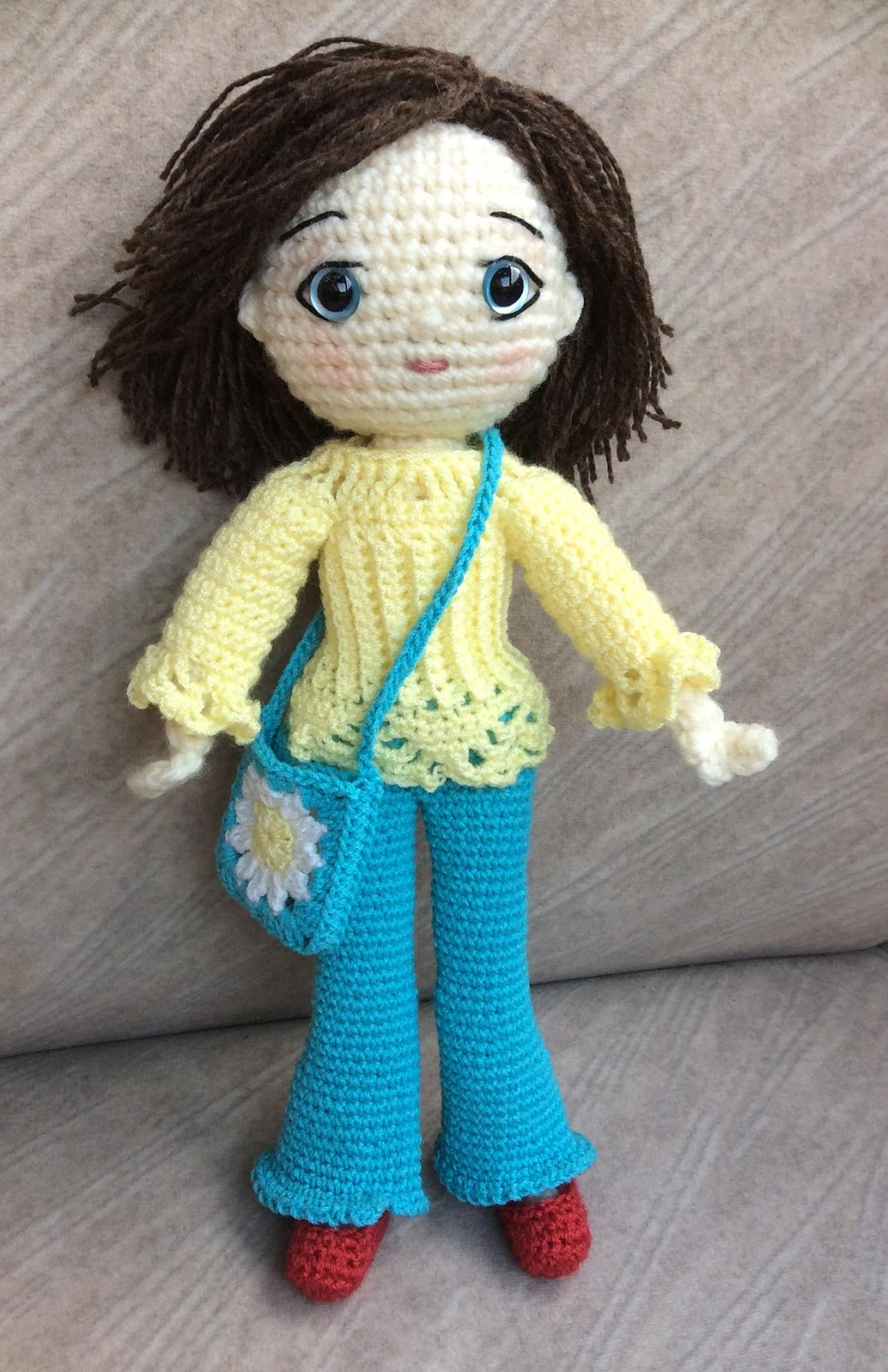 Amigurumi Doll How To : The moody homemaker another crochet amigurumi doll