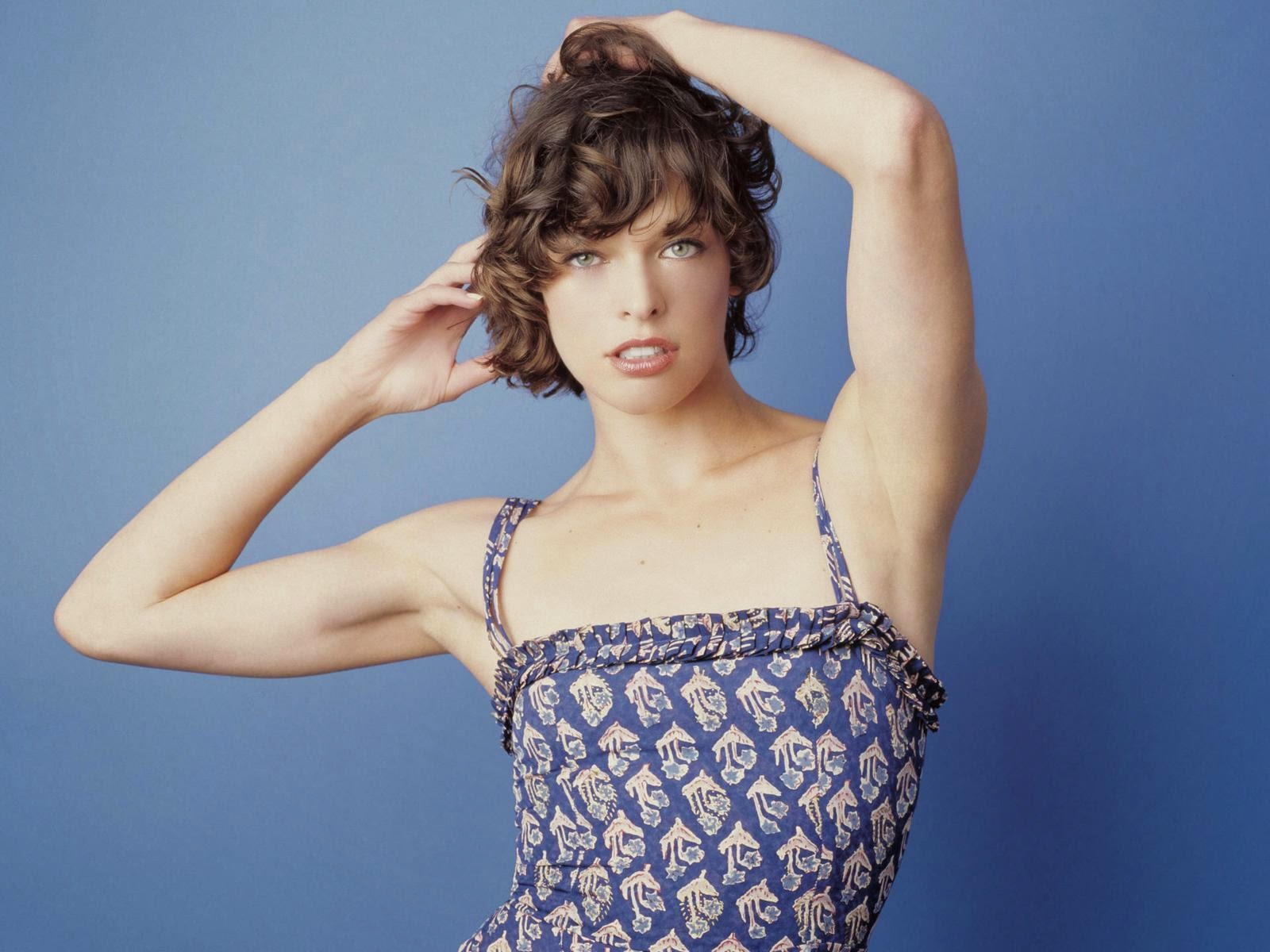 Milla Jovovich Hd Wallpapers Free Download