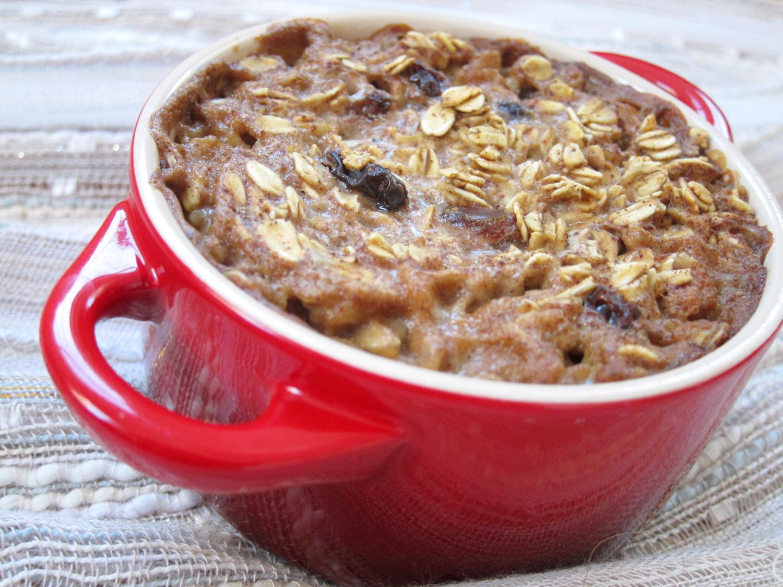The Oatmeal Artist: Oatmeal-Raisin Cookie Baked Oatmeal