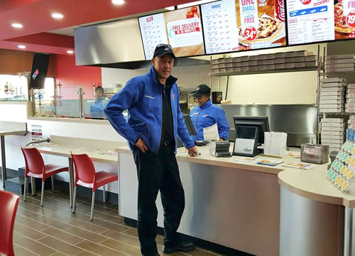 franchising dominos pizza Domino's pizza is growing with the passing time and with the increase in the love of people for pizza, getting a franchise would be a hit pizza is one of the most favorite western country foods and india has even accepted it.