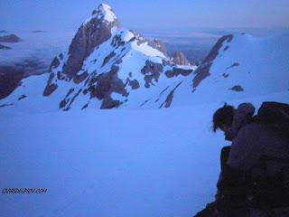 Escalar en los Picos de Europa con Guiasdelpicu.com, guias de alta montaña Fernando Calvo Gonzalez.