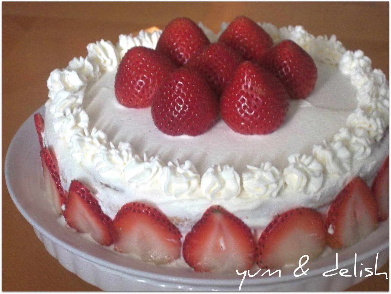 ... cream elves strawberries and cream pan cake s strawberries and cream