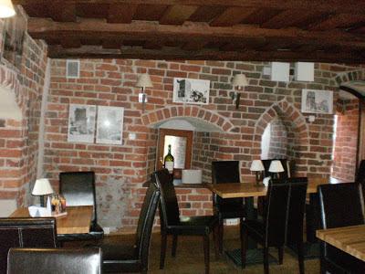 caffè torre pendente di Torun