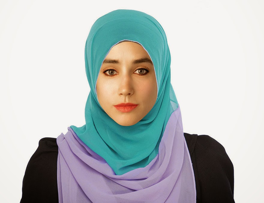 MOROCCO - Woman Had Her Face Photoshopped In More Than 25 Countries To Compare Their Beauty Standards