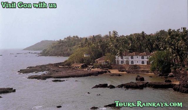 Best Dona Paula Beach, Goa India. tour india, travel India, Memorable tour india