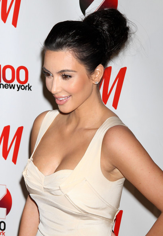 Kim Kardashian Updo Hairstyles 07