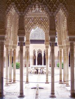 Alhambra de Granada, o La Fortaleza Roja