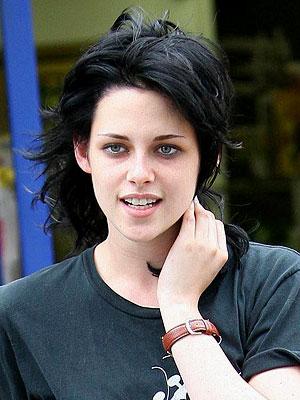 Kristen Stewarts Hair on Celebrity And Hairstyles  Kristen Stewart Hairstyle Trends For Girls