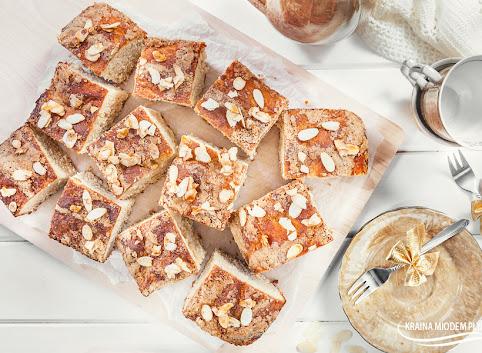 Ciasto drożdżowe maślano - waniliowe