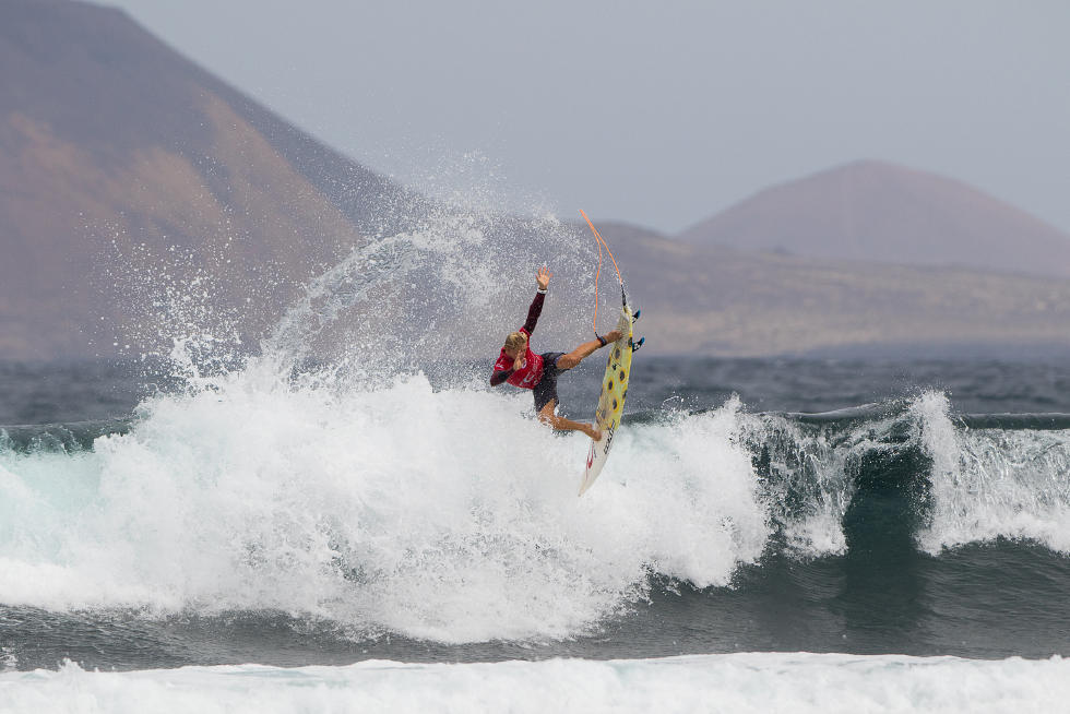 24 Timothee Bisso GLP Lanzarote Teguise 2015 Franito Pro Junior Foto_WSL Gines Diaz