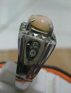 Tersedia) Opal / Kalimaya Banten Ring Monel Rp. 180.000,-