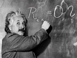 Albert Einstein Biography