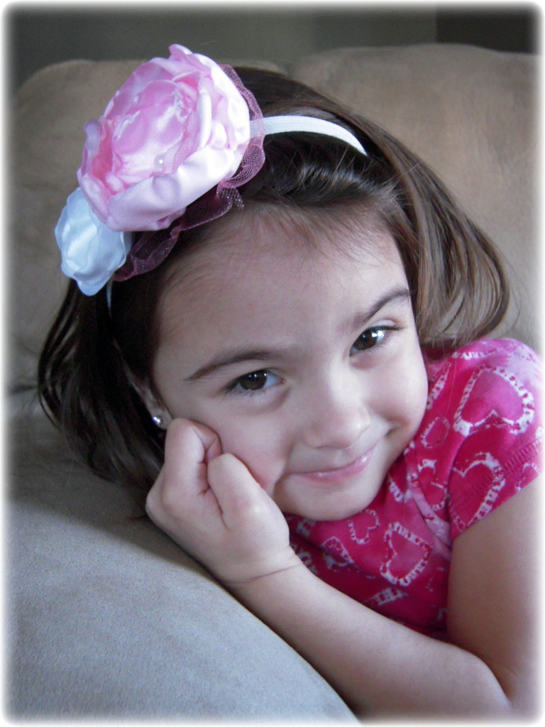 A Turner Designs New Photography Prop Satin Flower Headband