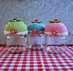 tampas feitas em crochê para potes