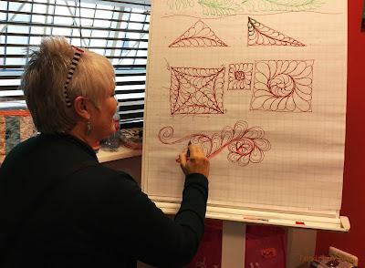 Lynn Blevens - Longarm quilting tutor