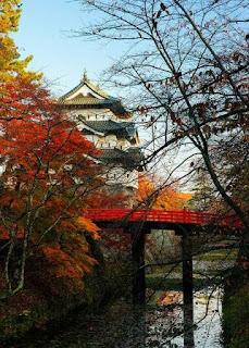 Hirosaki Castle, Japan (Best Honeymoon Destinations In Asia) 3