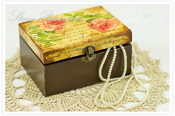 Decoupage, technika decoupage, pudełko zdobione decoupage, postarzanie, shabby chic, Zdobienie przedmiotów, pudełko z różami