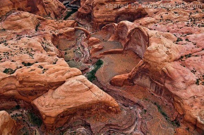 http://3.bp.blogspot.com/-7kJUdZUm_AQ/TXWgn7D4UhI/AAAAAAAAQSs/ka7lymf8qoc/s1600/bridges_25.jpg