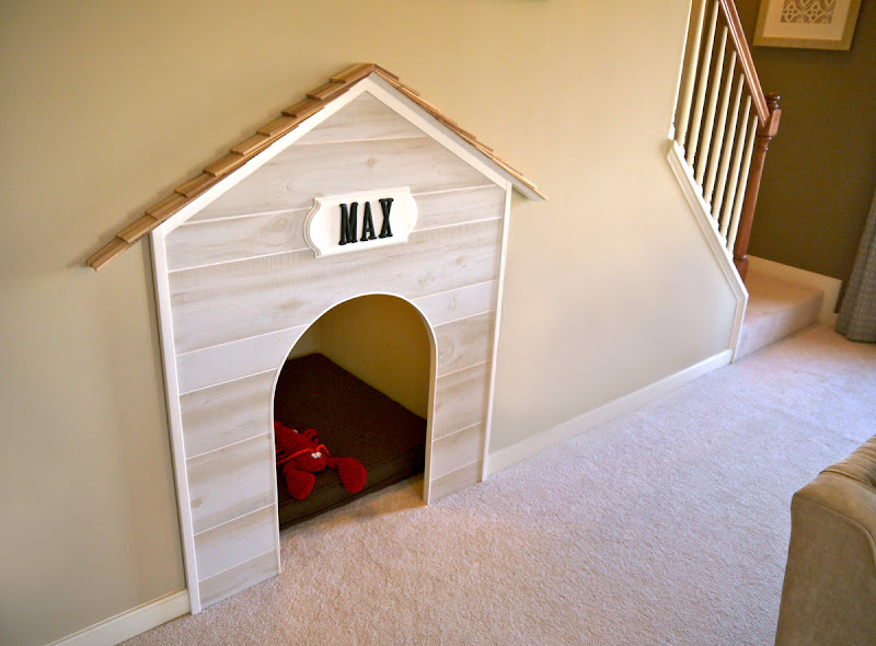 Above and below is a built in dog house, enough with those Harry  title=