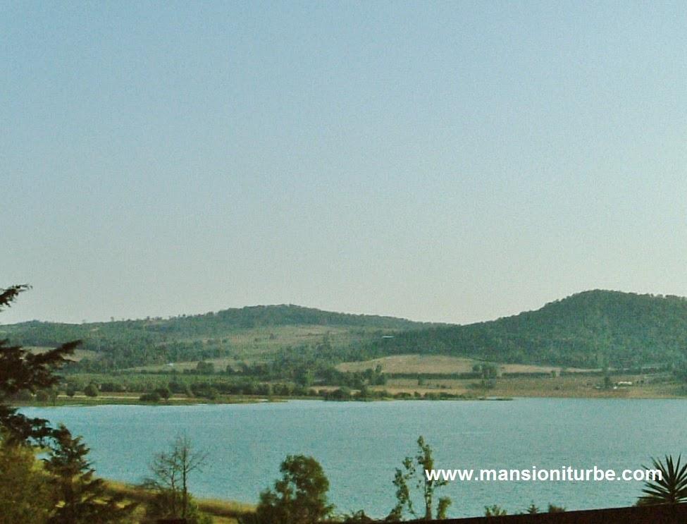 Lago de Zirahúen uno de los más bellos de México
