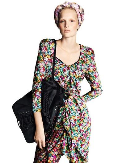 HM bayan yazl%C4%B1k %C3%A7i%C3%A7ekli giyim modeli 2013 2013 Çiçekli elbise modelleri
