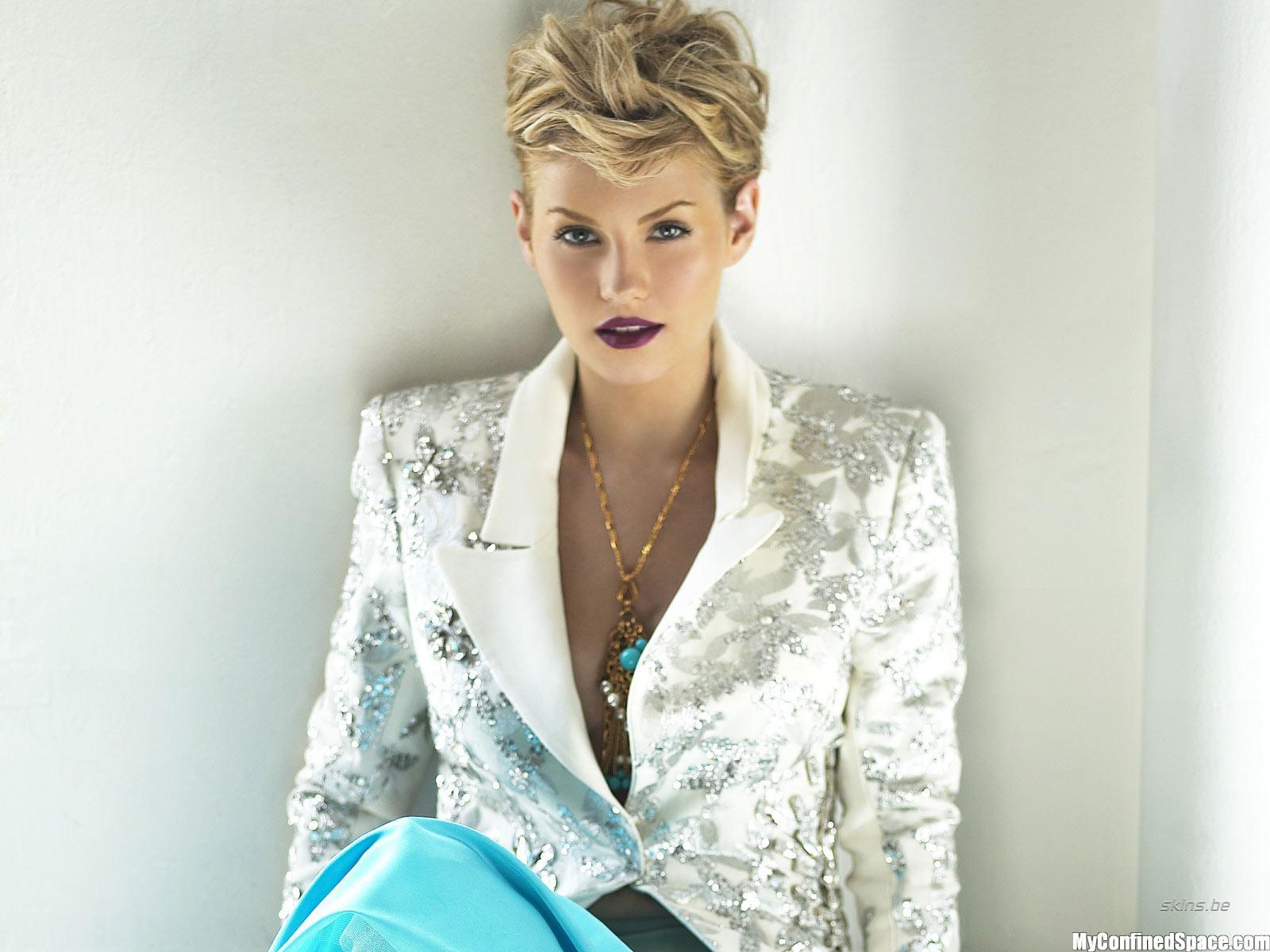 http://3.bp.blogspot.com/-7kdhkPHPPP8/UB4kL625NtI/AAAAAAAAAQ8/3kbzzwM2rFo/s1600/elisha-cuthbert-short-hair.jpg