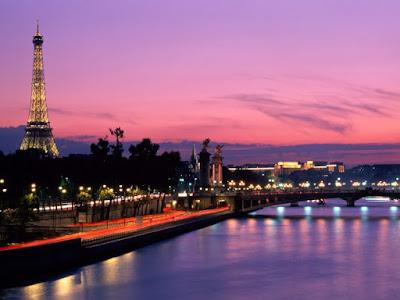 famous tourist attractions in paris, eiffel