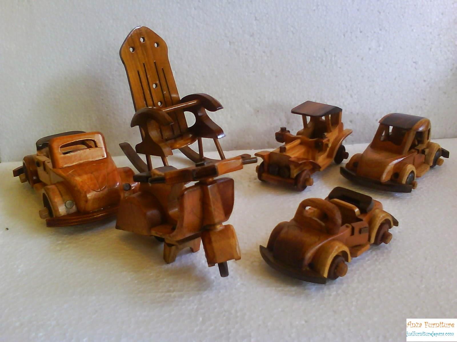 miniatur mainan kayu