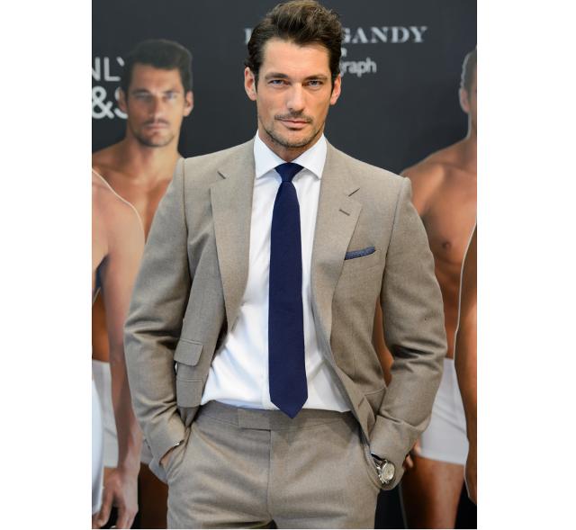 El modelo David Gandy con mucho estilo