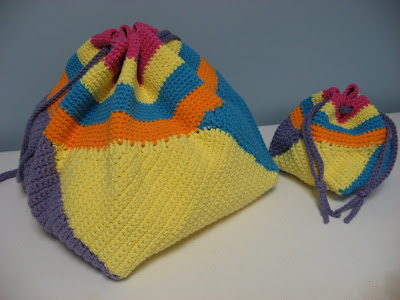 Crocheted Swirling Bag ~ So Fun!