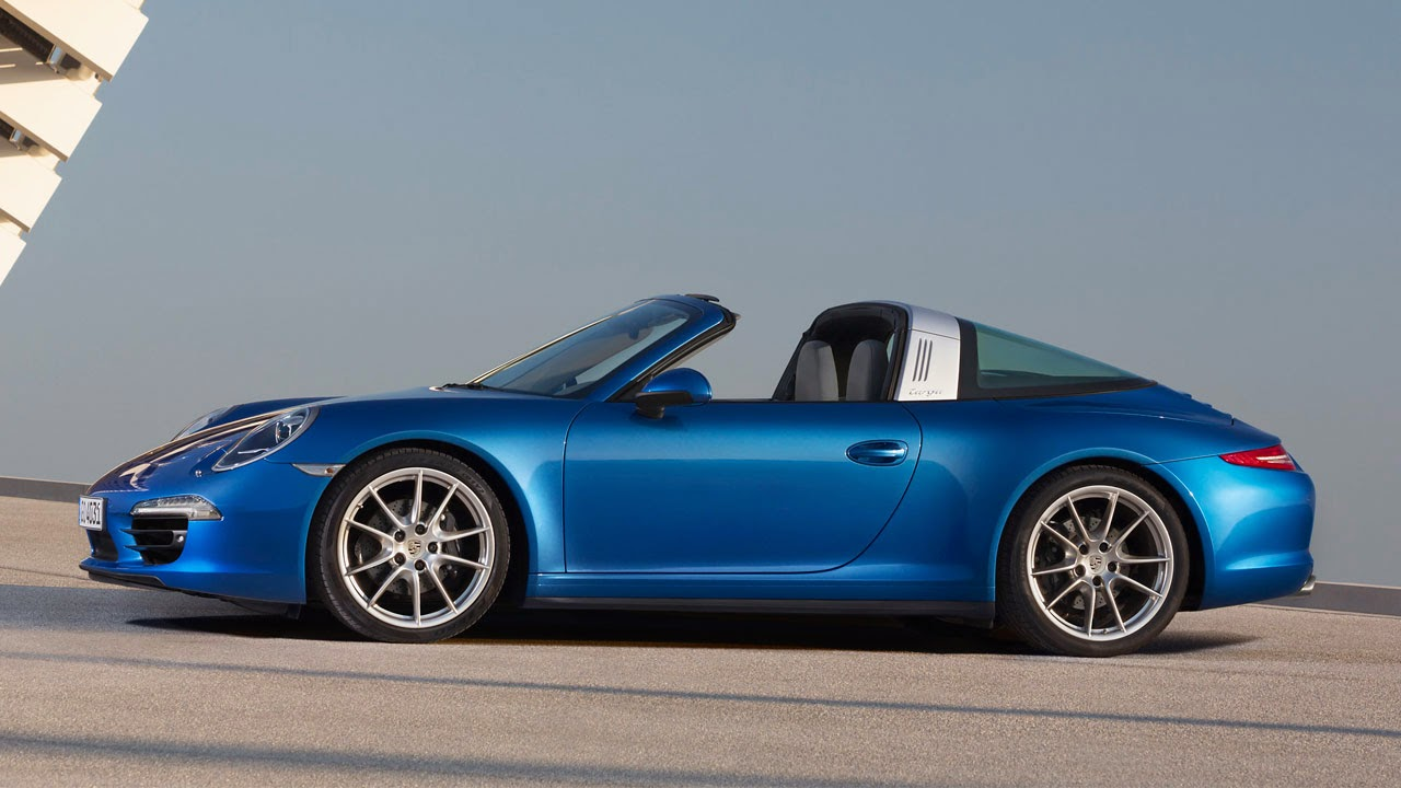 The 2014 Porsche 911 Targa 4 side