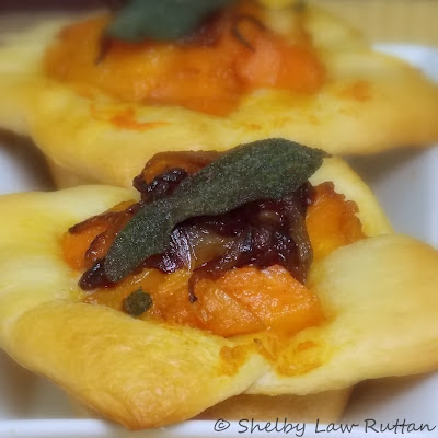 Butternut Squash Tarts with Caramelized Onions & Crispy Fried Sage #fall #butternut #sage