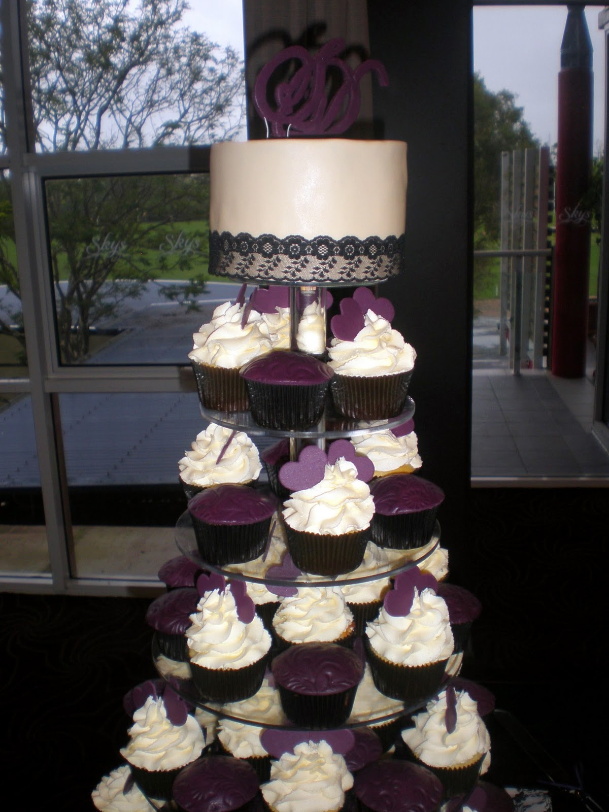 Sugar Siren Cakes Mackay Purple Hearts & Lace Wedding