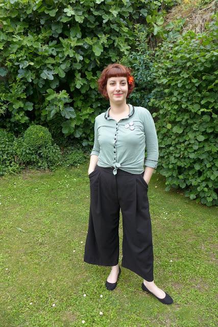 tenue avec pantalon large