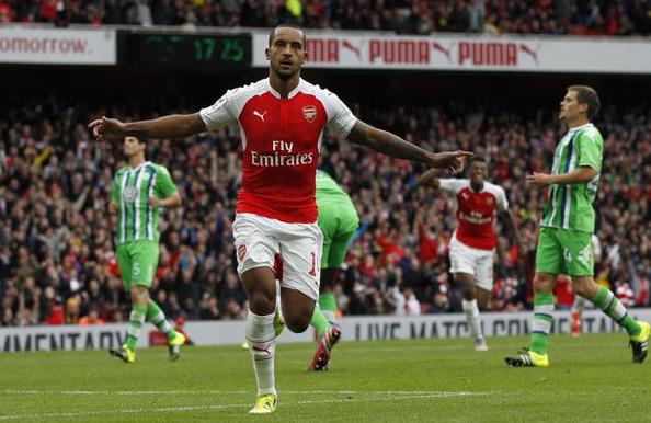 Cuplikan gol Kemenangan Arsenal di Emirates Cup 2015