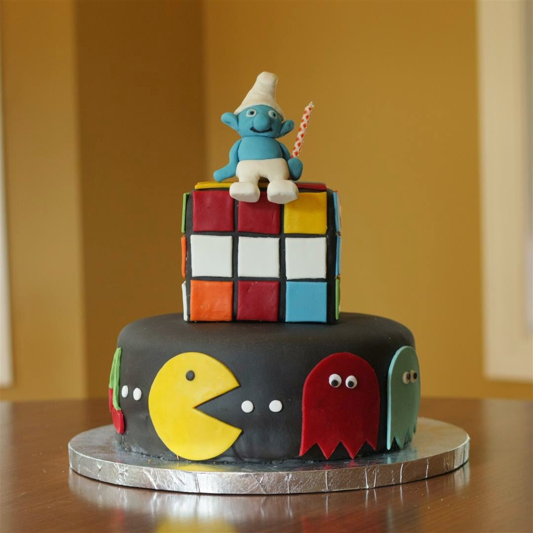 The best thing from the '80s birthday cake