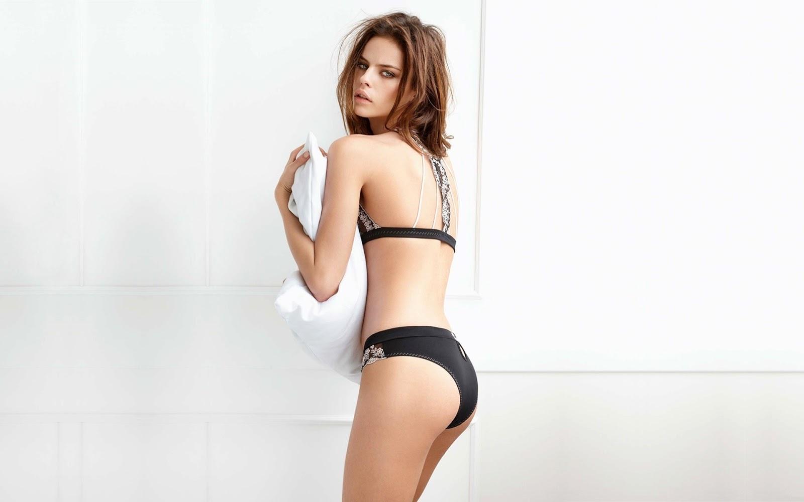 http://3.bp.blogspot.com/-7m-j_hQ5RGc/UJu-jToHm3I/AAAAAAAASbk/LOTuRrz8ETQ/s1600/Daniela-freitas-hot+(12).jpg