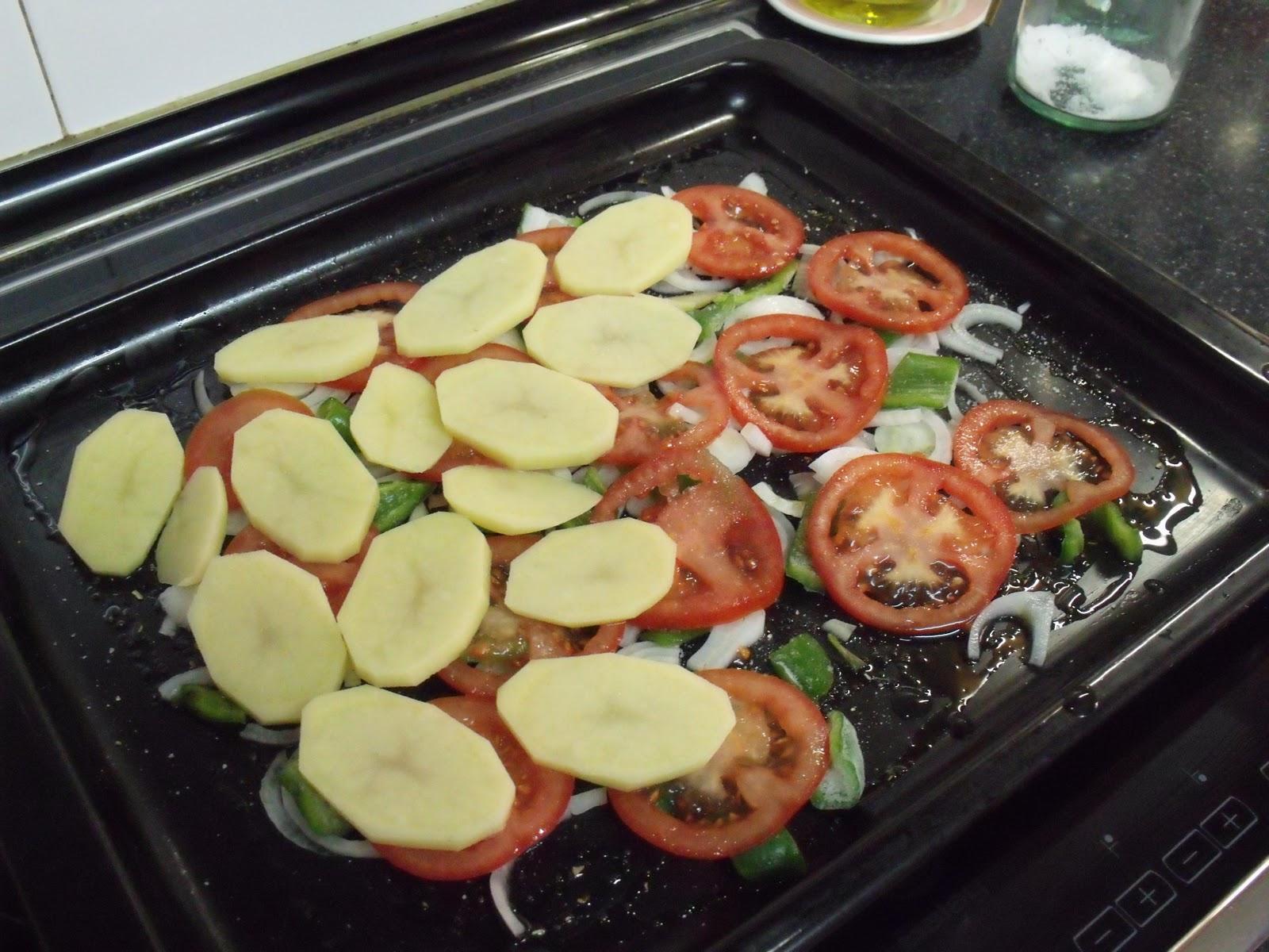 The little kitchen of silvia pollo al horno con patatas - Pechugas de pollo al horno con patatas ...