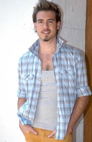 sin censura http www tuespaciogay com 2012 03 pablo lyle desnudo y sin