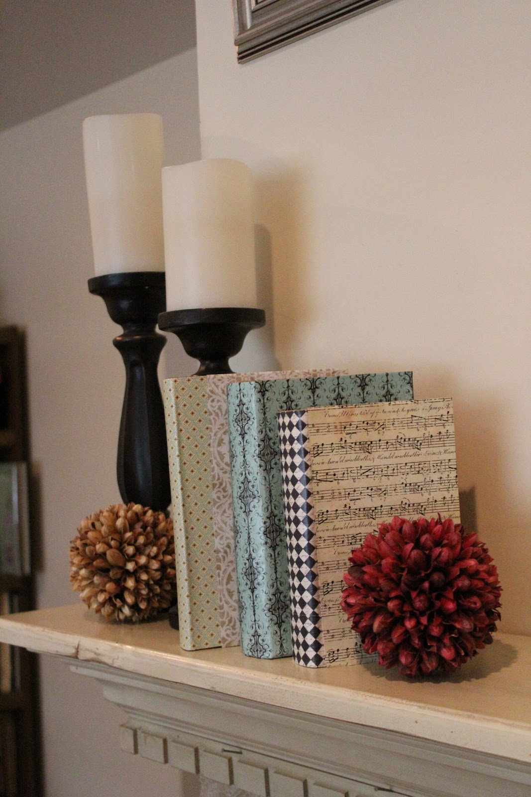 Uncategorized Book Decor mommy vignettes diy hardcover book decor